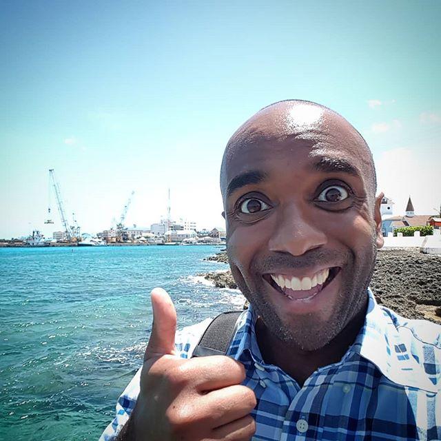 Cayman Islands selfie!  Cayislelfie!  #selfiegram #nofilter #yesvignette #nexthome?