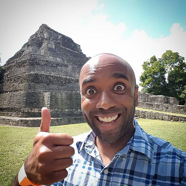 Mayan ruins selfie!  Mayrelfie!  #selfiegram  #nofilter #yesvignette #chacchoben #yucatan #quintaroo #mexico #muycaliente