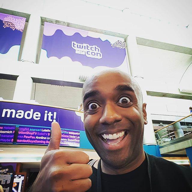 TwitchCon 2018 selfie!  Twelfie!  #selfiegram #madeit #ifyoucanreadthisihavedata #twitchcon